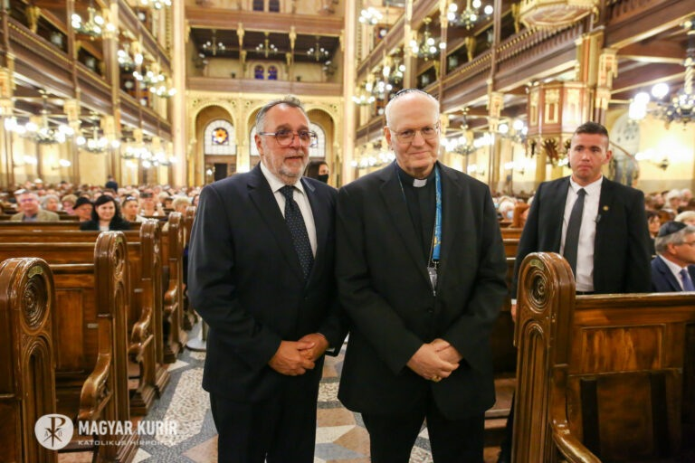 Eucharisztikus koncert a zsinagógában