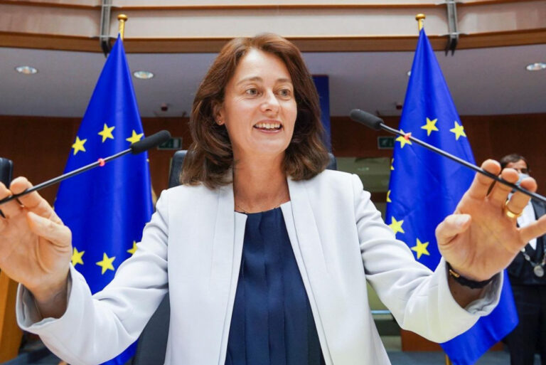 Brüsszel kontra magyar kormány