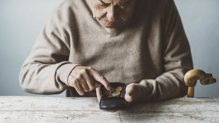 Magyarországon a legrosszabb nyugdíjasnak lenni